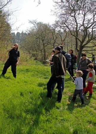Stephen Porch leading a tree ID walk