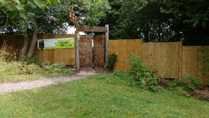 fence small