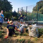 TCV volunteers collecting rubbish